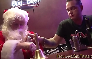 Dutch shrew bangs santa