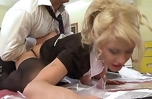 A pupil sheila gets drilled wits their way tutor