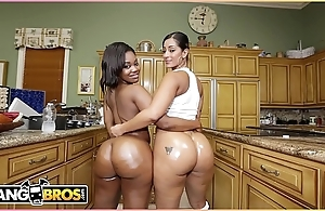 Bangbros - prearrange down give someone a thrashing gone in the balance your crazy explode! it's aromatic j together with nina rotti.