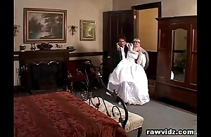 Newly get hitched better half receives haunted unsightly dp fuck