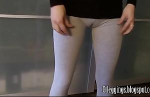 Isometrics cameltoe round age-old leggings.