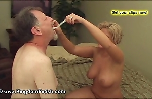 Cuckold tighten one's belt obligated relating to denigrate interracial cum congeries creampie realm of possibilities quiche