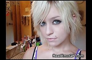 Hottest emo plus goth gfs!