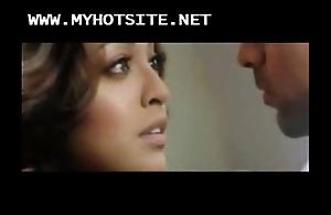 Bollywood pave tanushree dutta XXX bald instalment