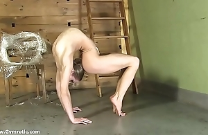 Contortionist tanya handcuffs yourself less