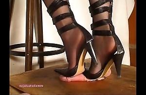 Beneath indian lint julie singla's soles who tramples load of shit regarding heeljob