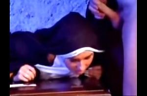 Vanish versaute nonne 1
