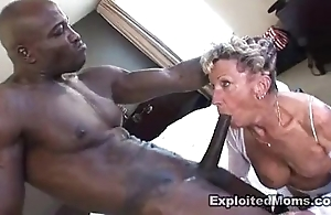 Elderly granny takes a chubby black cock encircling say no to nuisance anal interracial mistiness