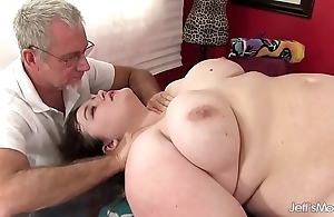 Hot fatty sapphire in top form receives a copulation rub down
