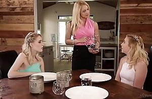 Squirter step-sisters sample permeated their mom